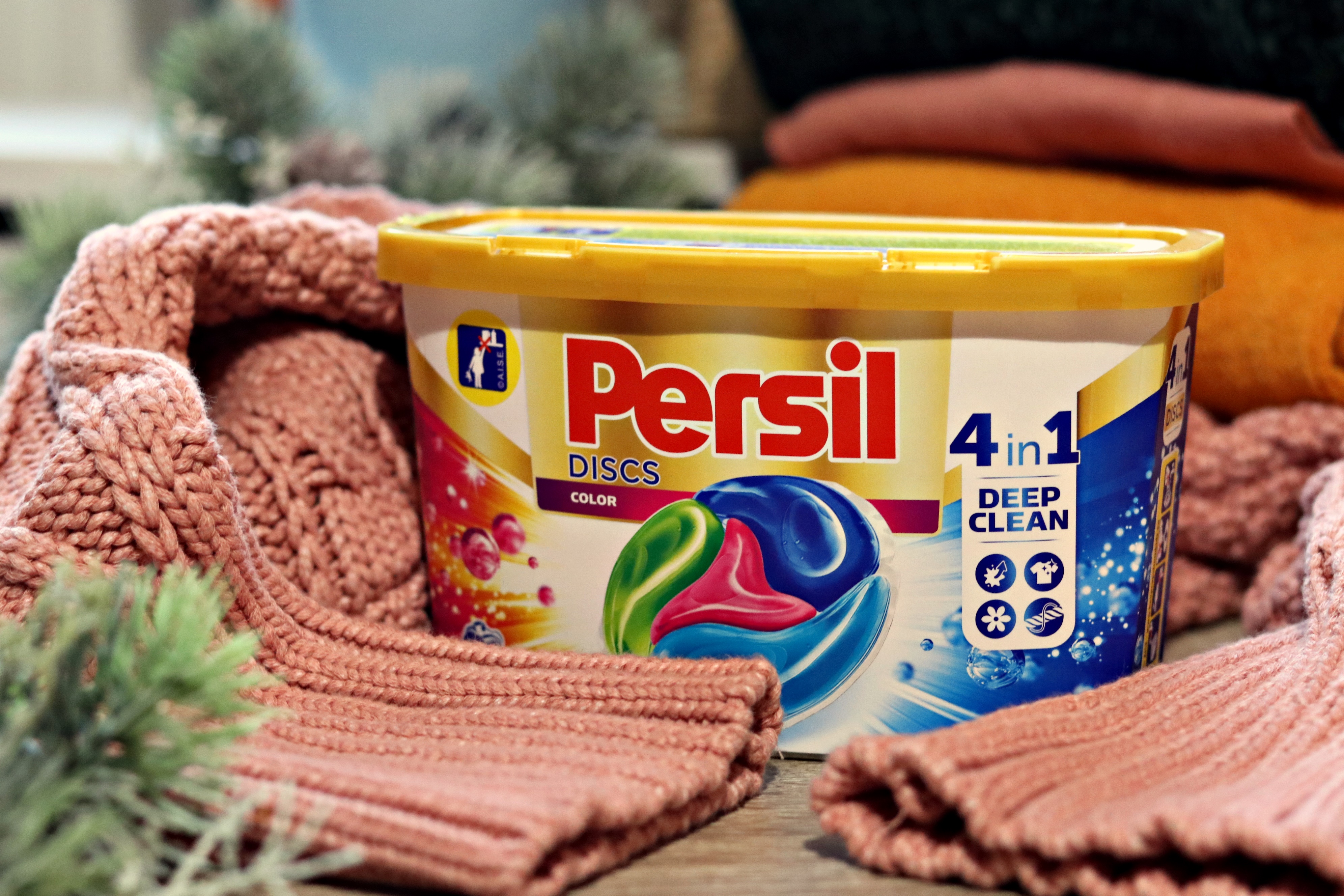 persil discs 4 in 1 rufe colorate